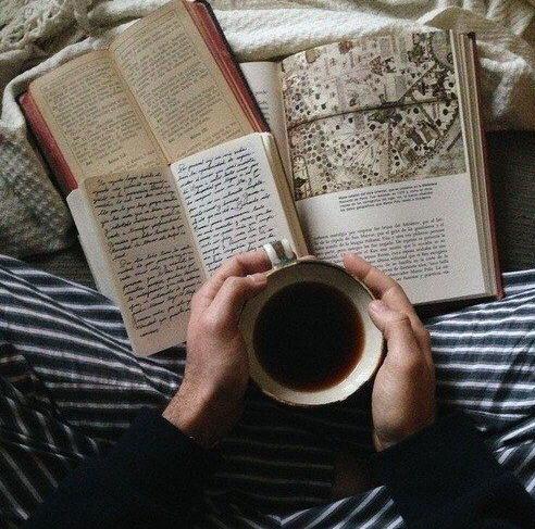 books_coffee